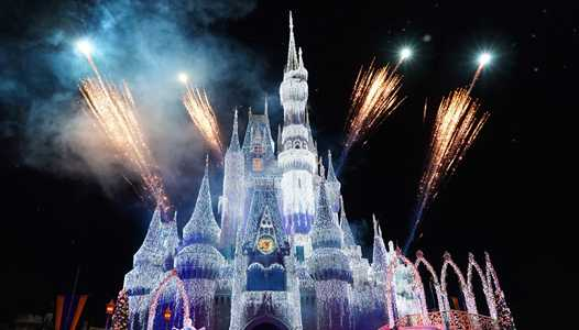 'A Frozen Holiday Wish' begins next week at the Magic Kingdom