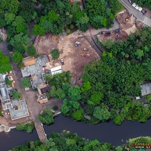 1 of 1: Africa - Construction behind Harambe