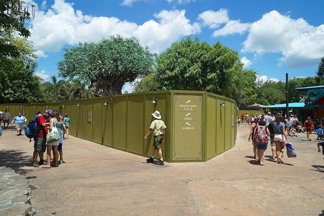 Discovery Island construction walls