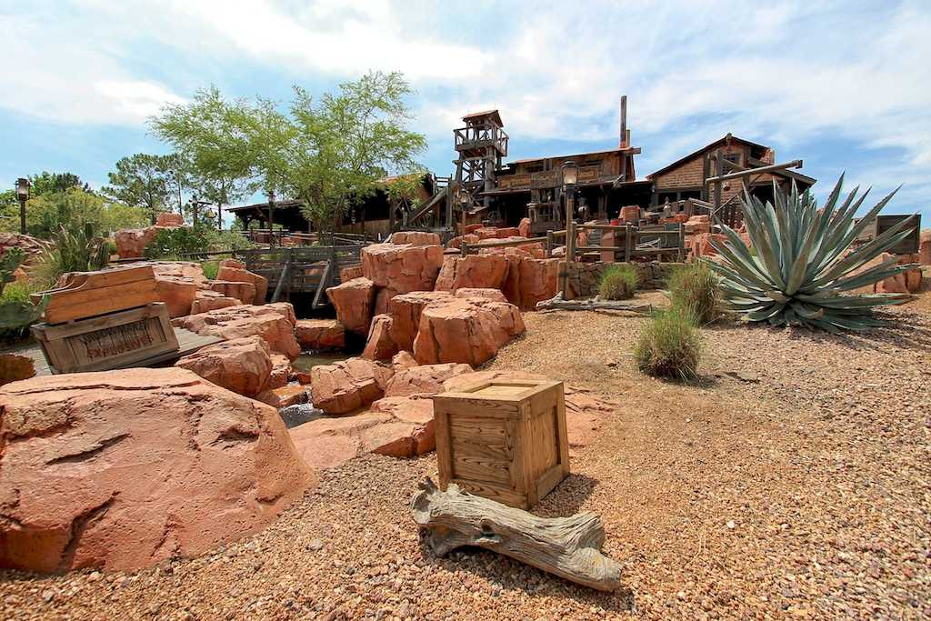 big thunder mountain railroad - photo #18