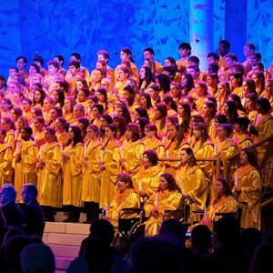 4 of 6: Candlelight Processional - Edward James Olmos narrator