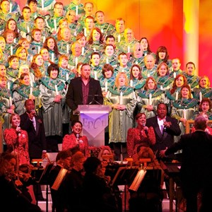 1 of 4: Candlelight Processional - Trace Adkins narrator