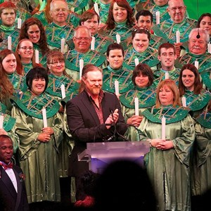3 of 4: Candlelight Processional - Trace Adkins narrator