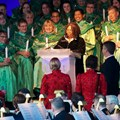 Candlelight Processional - Whoopi Goldberg at the Candlelight Processional