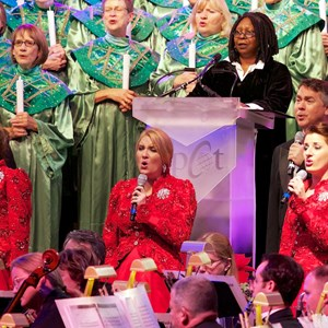 6 of 7: Candlelight Processional - Whoopi Goldberg and Voices of Liberty at the Candlelight Processional