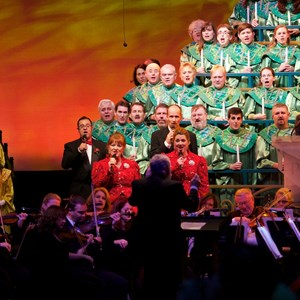 2 of 3: Candlelight Processional - Candlelight Processional - Gary Sinise narrator