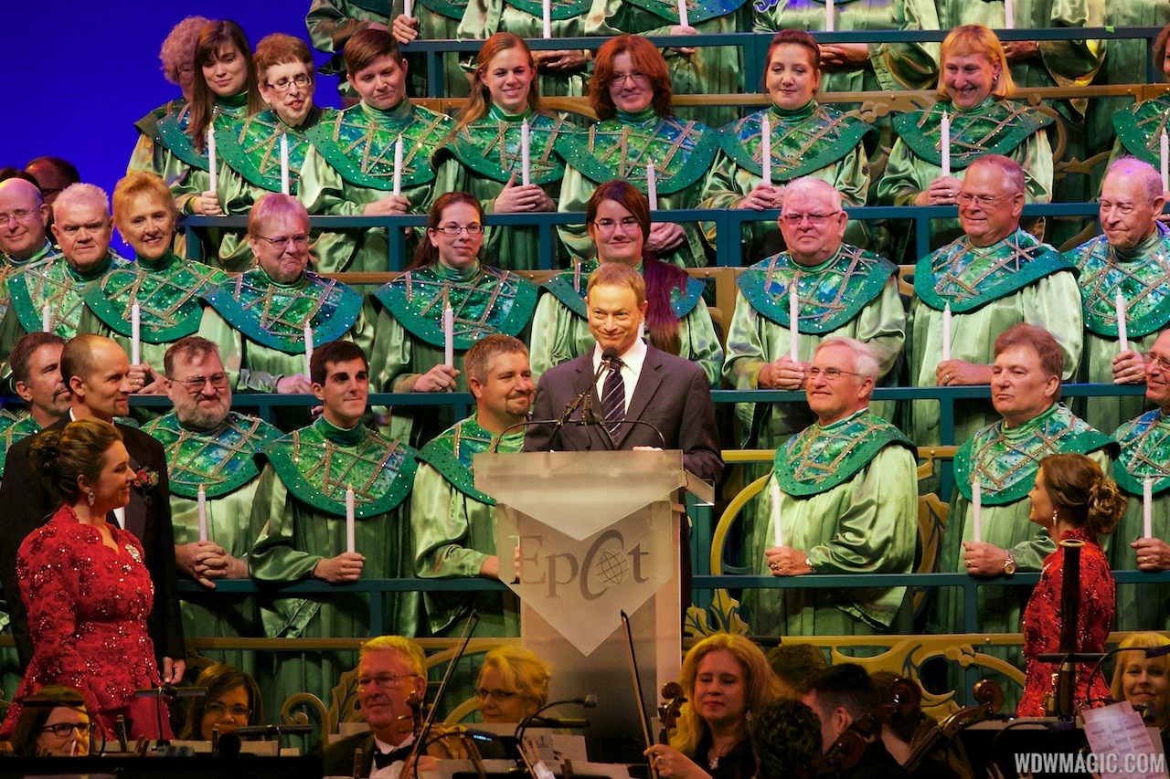 Gary Sinise narrating Candlelight Processional 2013