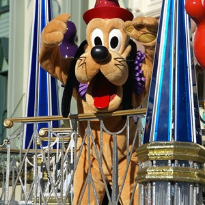 34 of 36: Celebrate A Dream Come True - Celebrate a Dream Come True Parade - Pluto