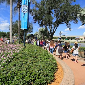 23 of 44: Character Meet and Greets at Epcot - Around 1pm the queue had built up to over 100 guests