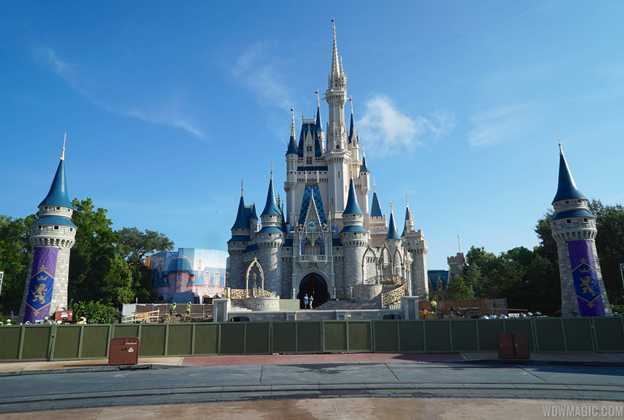 Cinderella Castle turret and forecourt construction