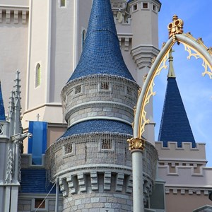 4 of 8: Cinderella's Holiday Wish - Cinderella's Holiday Wish lights installation - crane onsite
