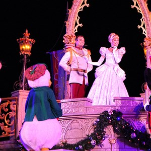 2 of 22: Cinderella's Holiday Wish - Cinderella's Holiday Wish show