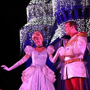 17 of 22: Cinderella's Holiday Wish - Cinderella's Holiday Wish show