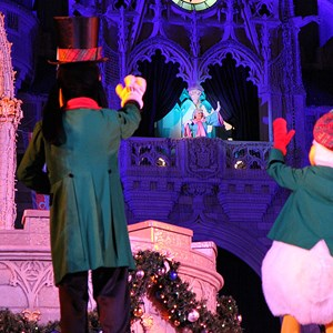 5 of 22: Cinderella's Holiday Wish - Cinderella's Holiday Wish show