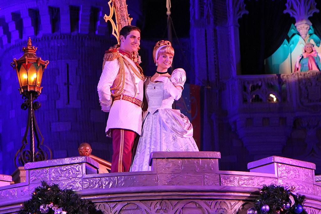 Cinderella's Holiday Wish show