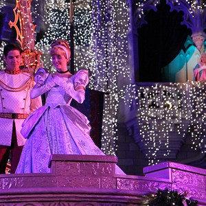10 of 22: Cinderella's Holiday Wish - Cinderella's Holiday Wish show