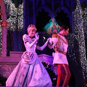 12 of 22: Cinderella's Holiday Wish - Cinderella's Holiday Wish show