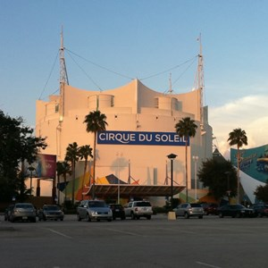 1 of 1: Cirque du Soleil - New exterior sign