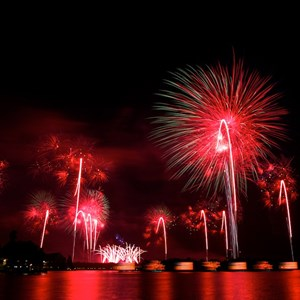 7 of 8: Disney's Celebrate America! - A Fourth of July Concert in the Sky - Show viewed from the Polynesian Resort Beach