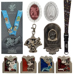 4 of 5: Disney's Hollywood Studios - Disney's Hollywood Studios 25th anniversary merchandise - Key chains