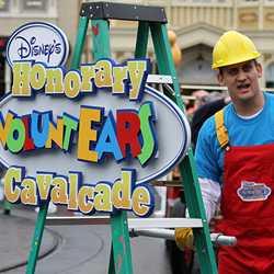 Disney's Honorary Voluntears Cavalcade opening day show