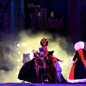 6 of 19: Disney's Villains Mix and Mingle - 2010 show
