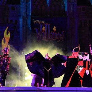 7 of 19: Disney's Villains Mix and Mingle - 2010 show