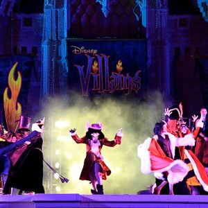 8 of 19: Disney's Villains Mix and Mingle - 2010 show