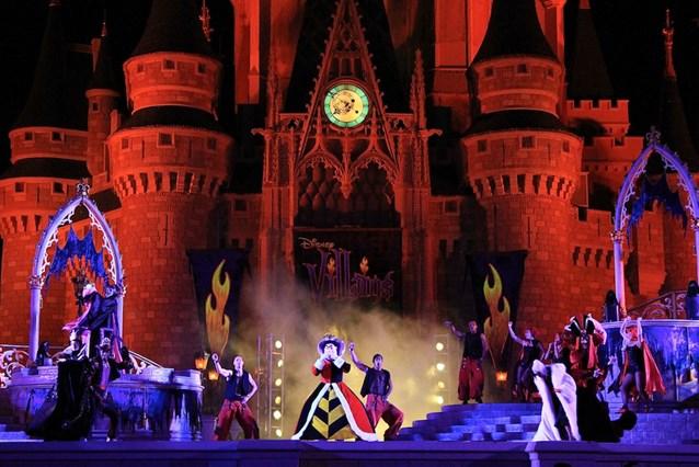 Disney's Villains Mix and Mingle