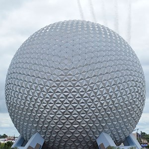 1 of 1: Epcot - Thunderbirds fly over