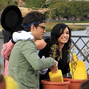 5 of 10: Epcot - Celebrities Demi Lovato and Joe Jonas at Epcot