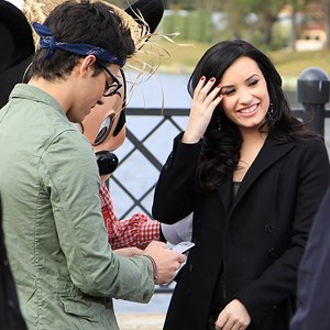 4 of 10: Epcot - Celebrities Demi Lovato and Joe Jonas at Epcot