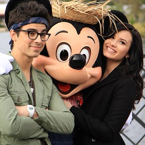 3 of 10: Epcot - Celebrities Demi Lovato and Joe Jonas at Epcot