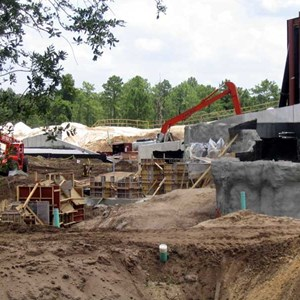 4 of 7: Expedition Everest - Expedition Everest construction