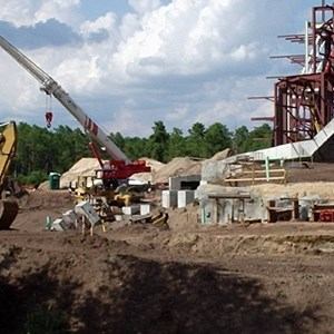 4 of 4: Expedition Everest - Expedition Everest construction