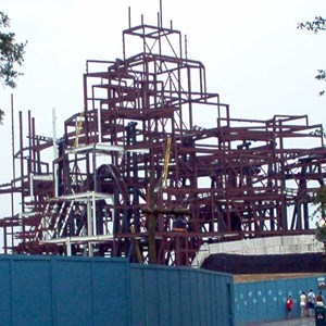 2 of 6: Expedition Everest - Expedition Everest construction