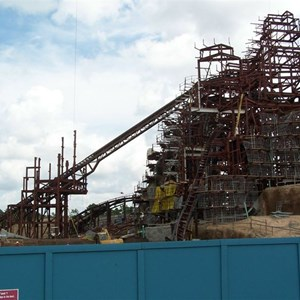 2 of 4: Expedition Everest - Expedition Everest construction