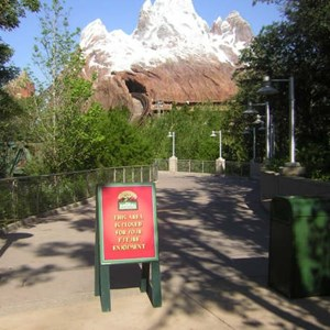 1 of 3: Expedition Everest - Expedition Everest construction