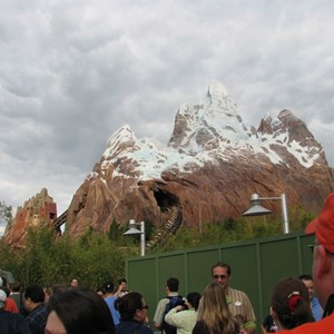 4 of 47: Expedition Everest - Expedition Everest queue area preview
