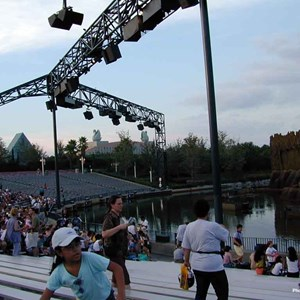 4 of 16: Fantasmic! - Inside the Hollywood Hills Amphitheater