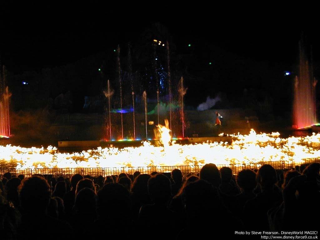Fantasmic show