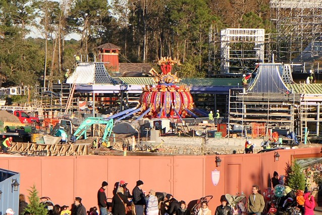Fantasyland - Dumbo back on the ground after a brief test flight