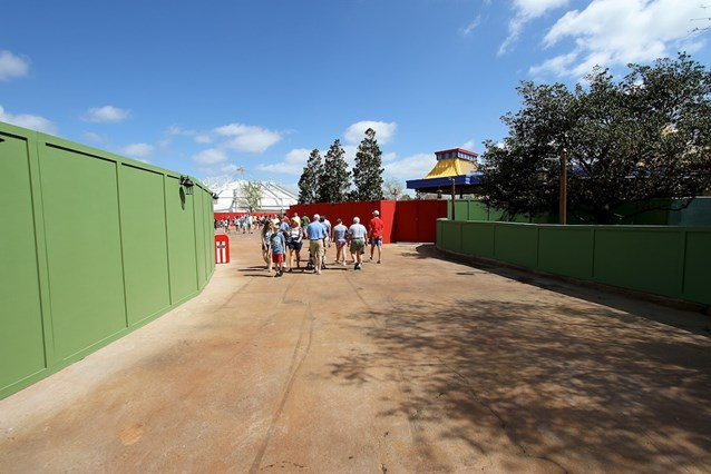 Fantasyland - The entrance to Storybook Circus from the walkway by Teacups