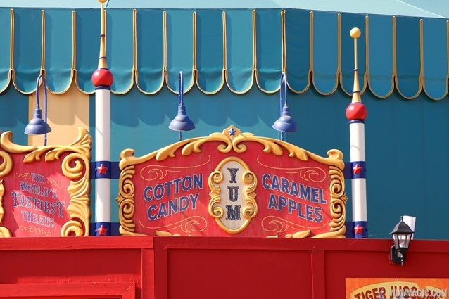 Fantasyland - Big Top Souvenirs signage in Storybook Circus