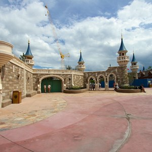 10 of 27: Fantasyland - Fantasyland Enchanted Forest castle wall