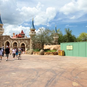 25 of 27: Fantasyland - Fantasyland Enchanted Forest castle wall