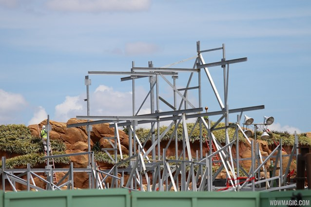 Fantasyland - More steel around the Seven Dwarfs Mine Train coaster