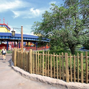 4 of 4: Fantasyland - Storybook Circus to Tomorrowland fencing