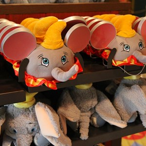 31 of 35: Fantasyland - Big Top Souvenirs opening day