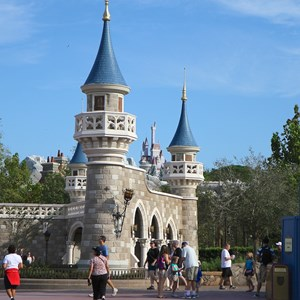 4 of 6: Fantasyland - Walls down at Enchanted Forest entrance